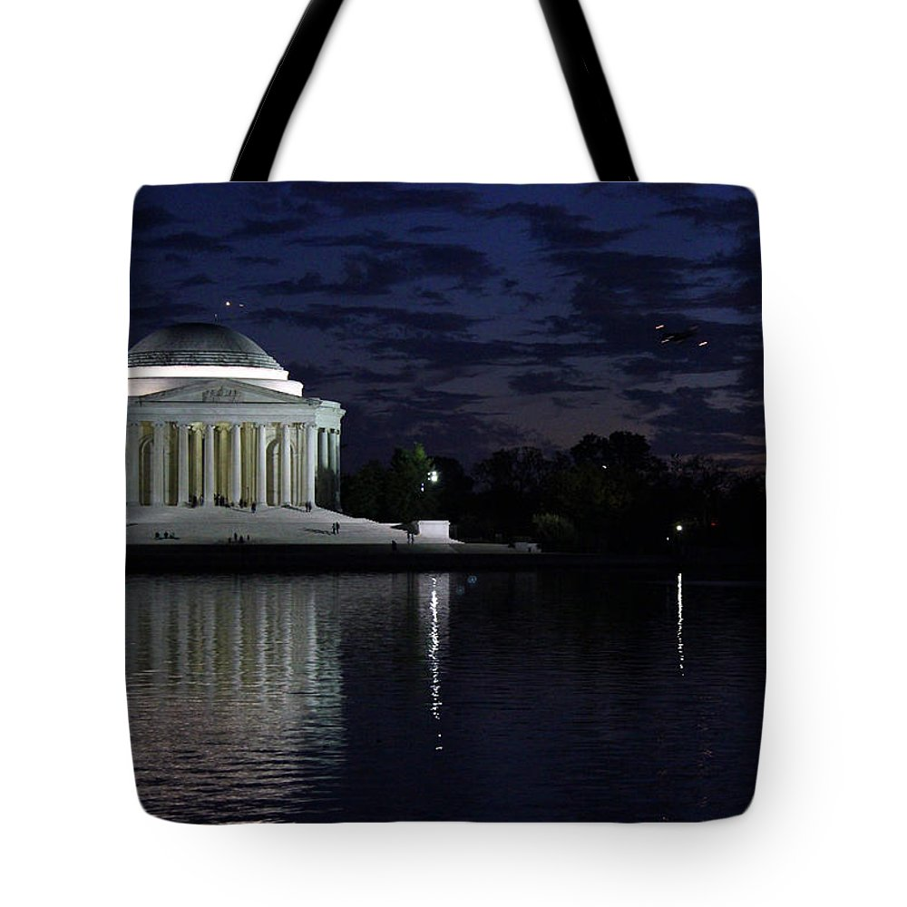 Tidal Basin Tote Bag featuring the photograph Jefferson At Dusk0253 by Carolyn Stagger Cokley