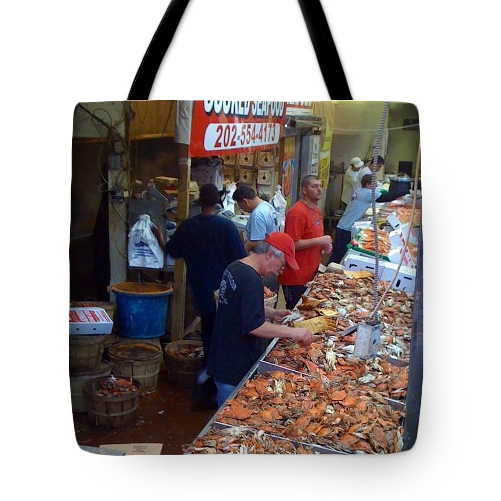 Washington Tote Bag featuring the photograph Jessie's Cooked Seafood by Lois Ivancin Tavaf
