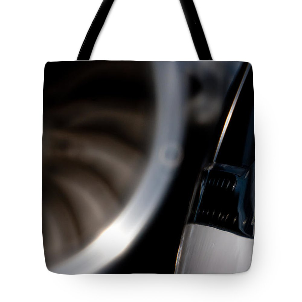 Beachjet 400 Tote Bag featuring the photograph Jet Power by Paul Job
