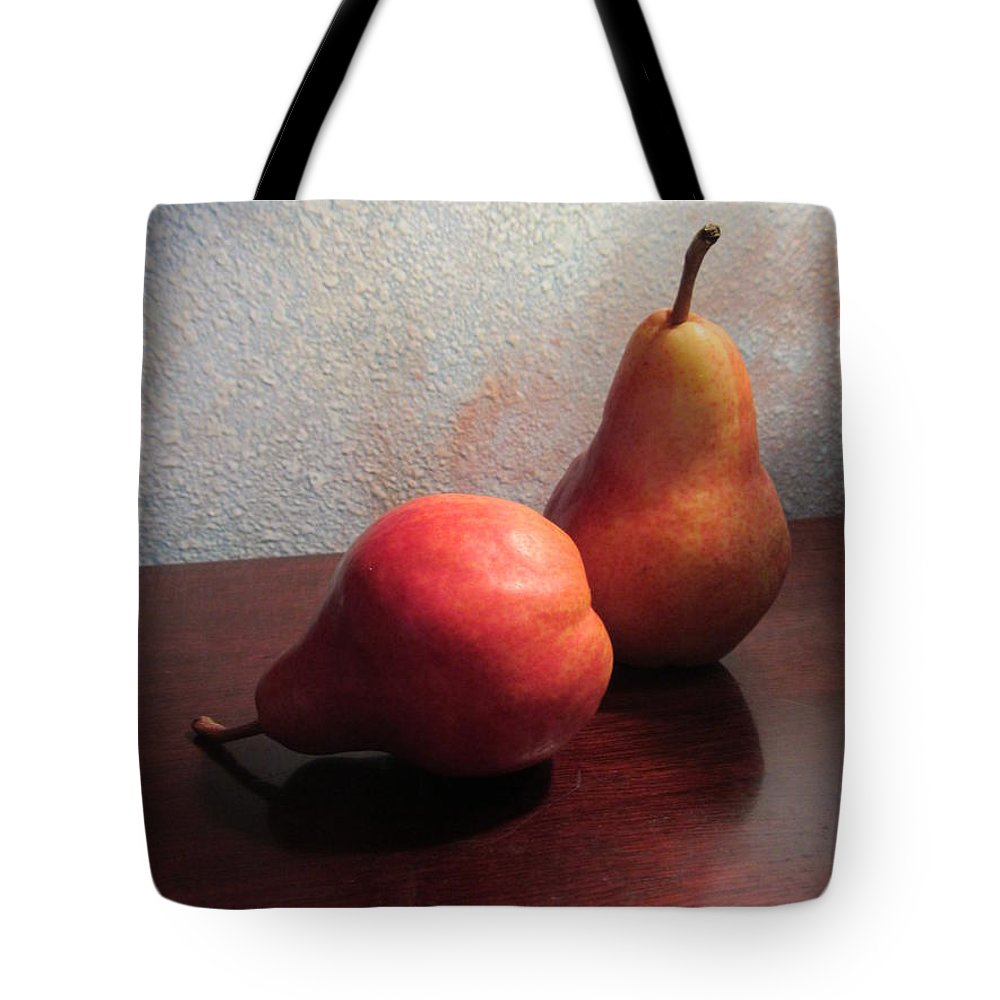 Pears Tote Bag featuring the photograph Juicy Still Life by Dody Rogers