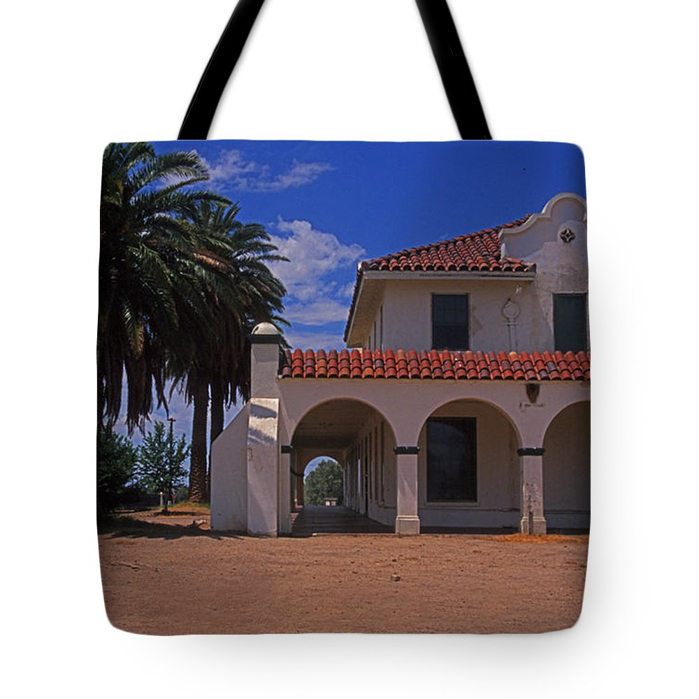 California Tote Bag featuring the photograph Kelso Station by Rich Walter