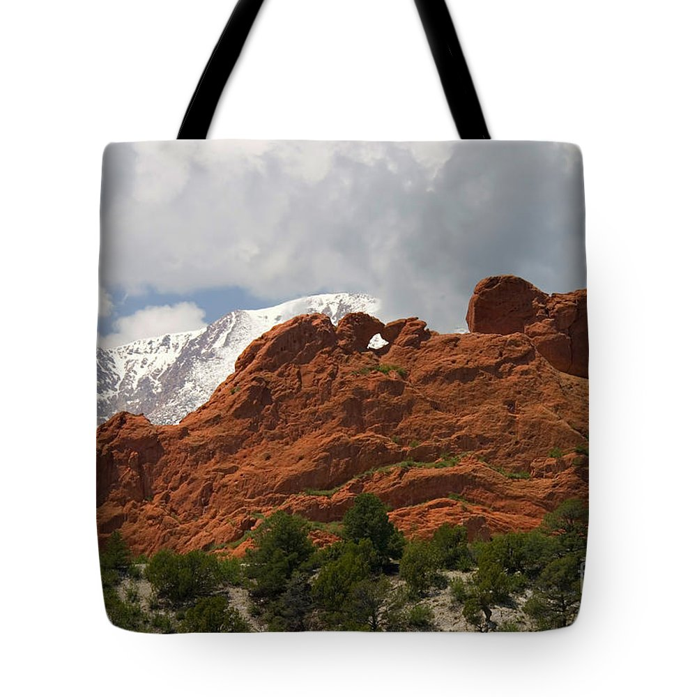 Garden Of The Gods Tote Bag featuring the photograph Keyhole To Pikes Peak by Steve Krull