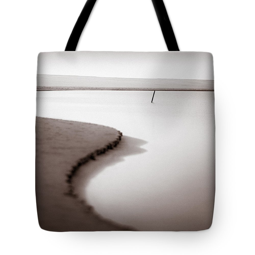 Kijkduin Tote Bag featuring the photograph Kijkduin Beach by Dave Bowman