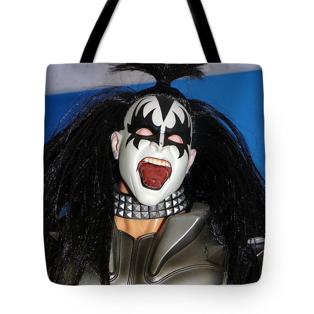 Kiss Tote Bag featuring the photograph Kiss-the Coat Of Armor by Ed Weidman