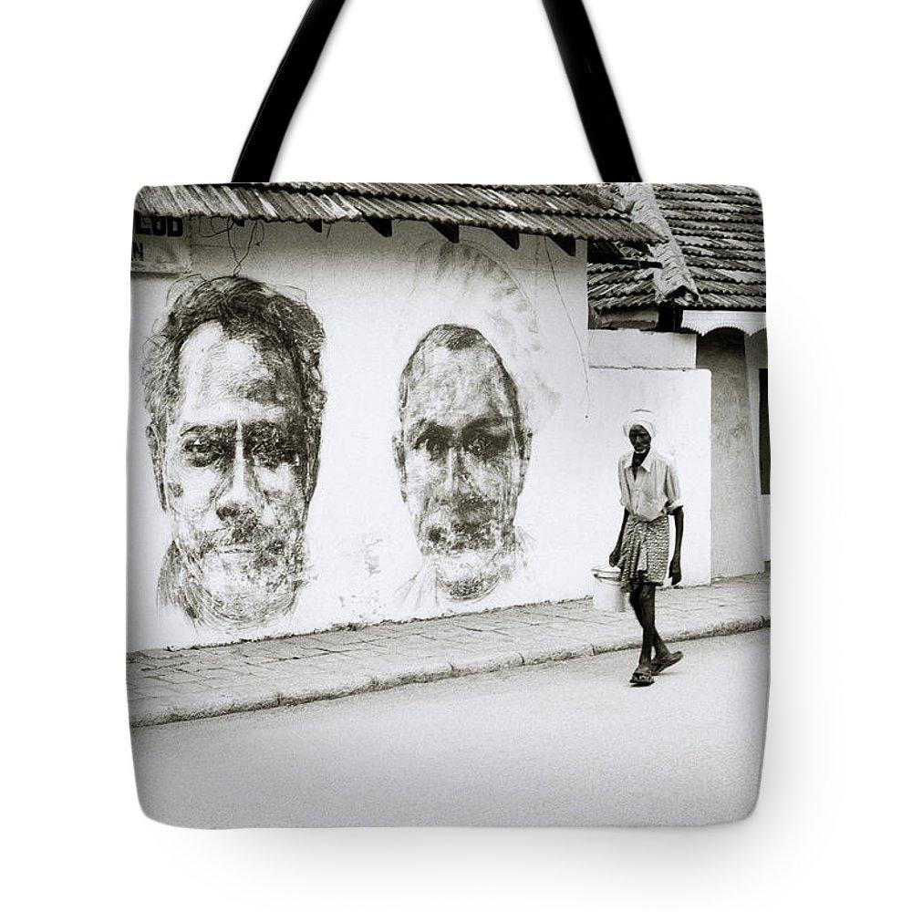 India Tote Bag featuring the photograph Kochi Urban Art by Shaun Higson