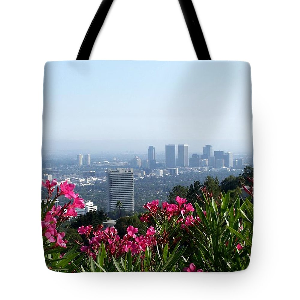 Los Angeles Tote Bag featuring the photograph L.a. From Beverly Hills by Dany Lison