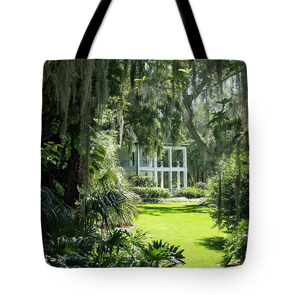 Plantation Tote Bag featuring the photograph Labelle Plantation by Jean Connor