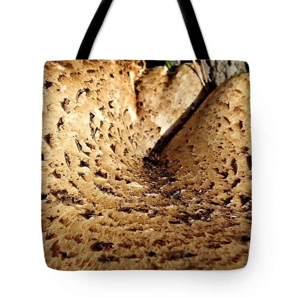 Labia Majora Tote Bag Featuring The Photograph Labia Majora By Photoclique