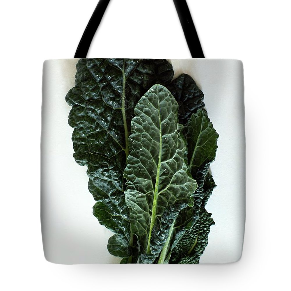 Food Tote Bag featuring the photograph Lacinato Kale by Romulo Yanes