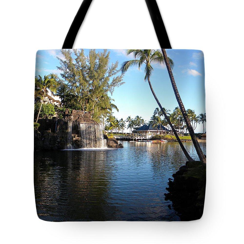 Lagoon Of Hilton Waikoloa Resort Tote Bag featuring the photograph Lagoon Of Hilton Waikoloa by Eric Johansen