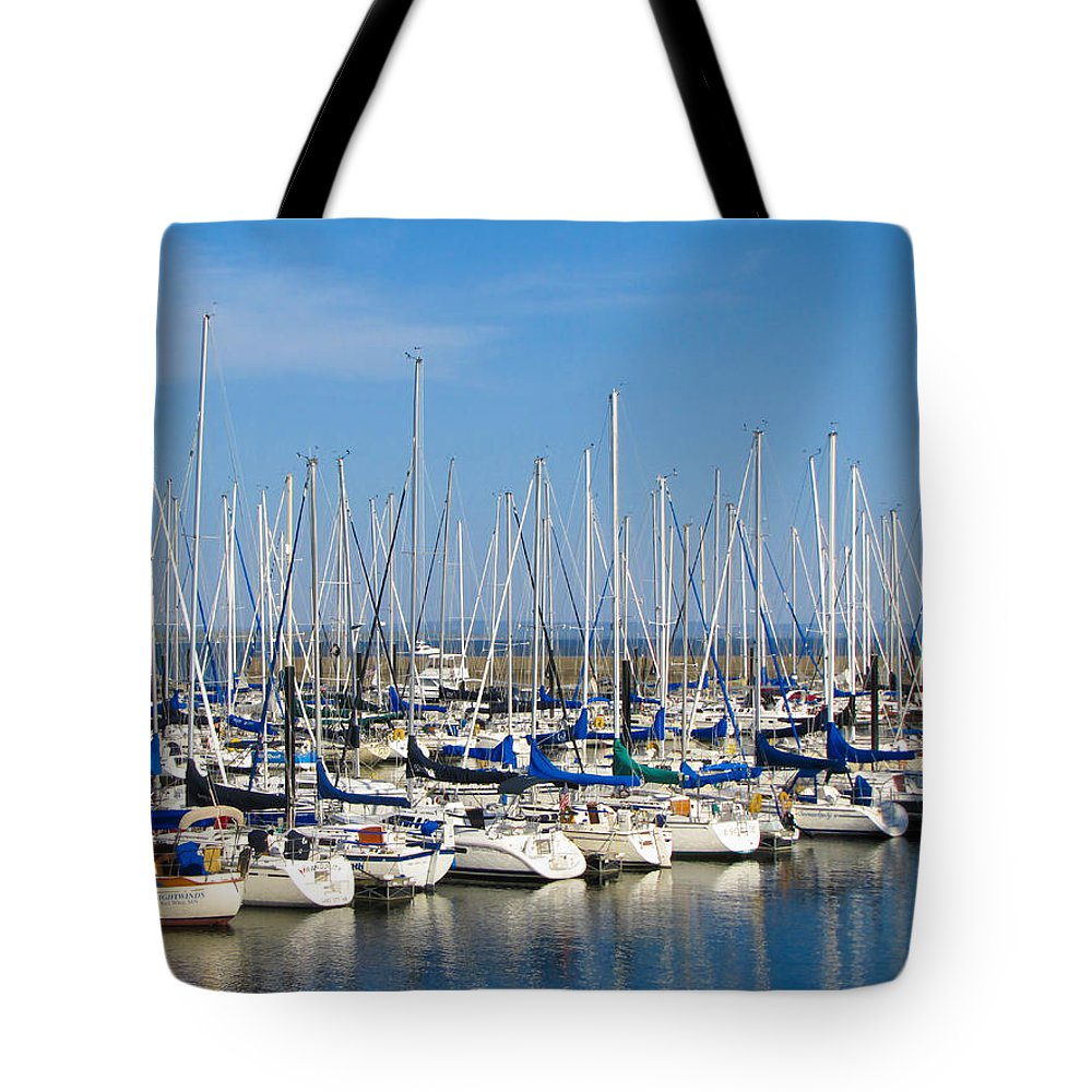 Lake City Tote Bag featuring the photograph Lake City by J Havnen