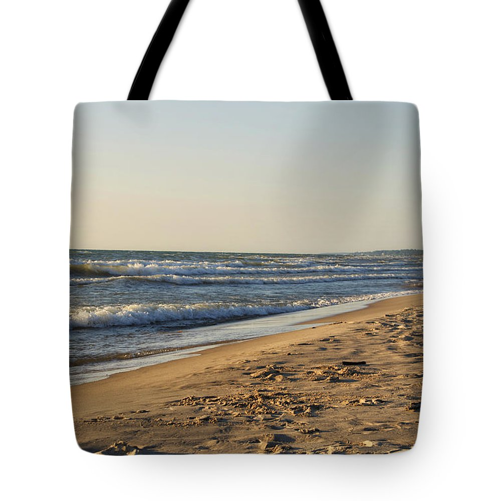 Lake Michigan Tote Bag featuring the photograph Lake Michigan Shoreline 02 by Thomas Woolworth