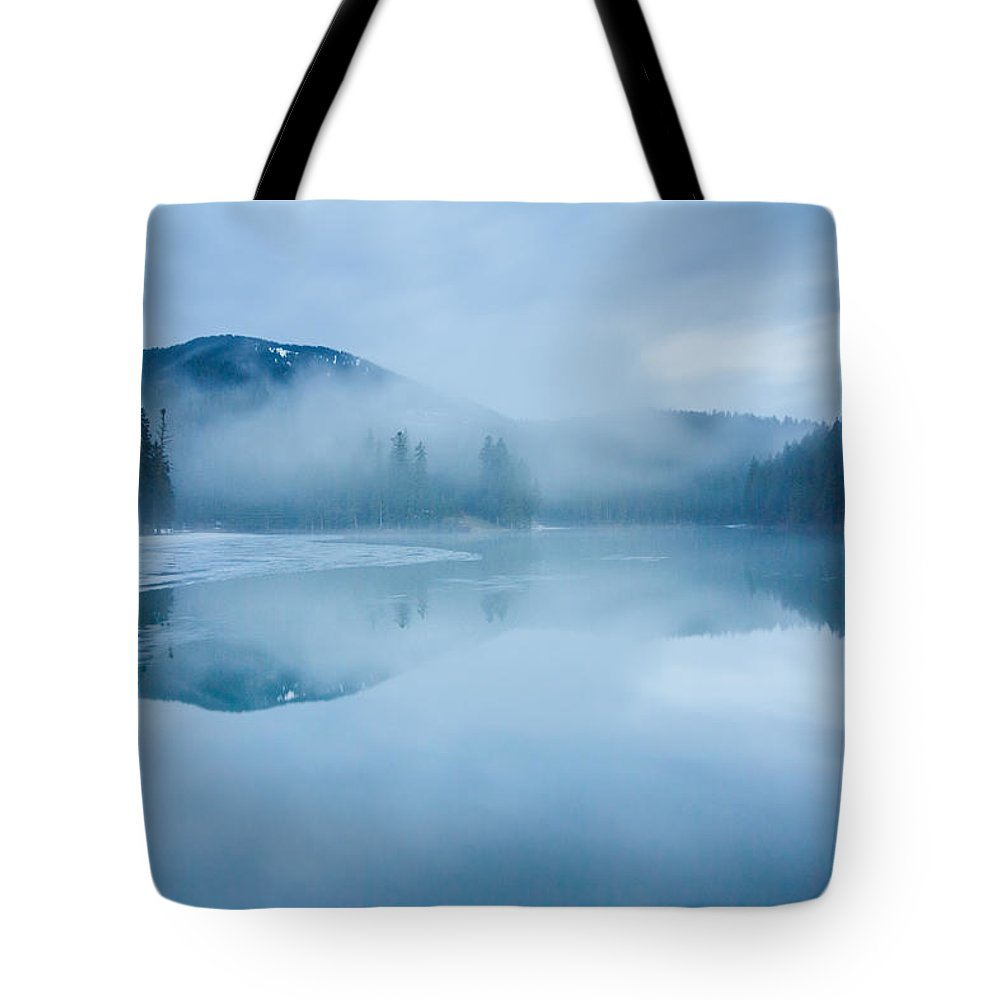 Scenics Tote Bag featuring the photograph Lake Surrounded By Mountains And Forest by Verybigalex