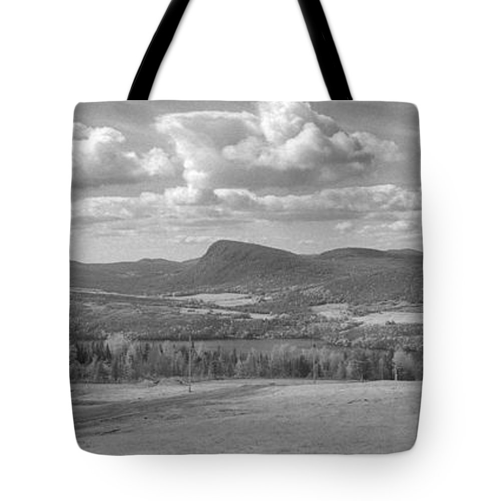 Lake Willoughby Tote Bag featuring the photograph Lake Willoughby Vermont by Richard Rizzo