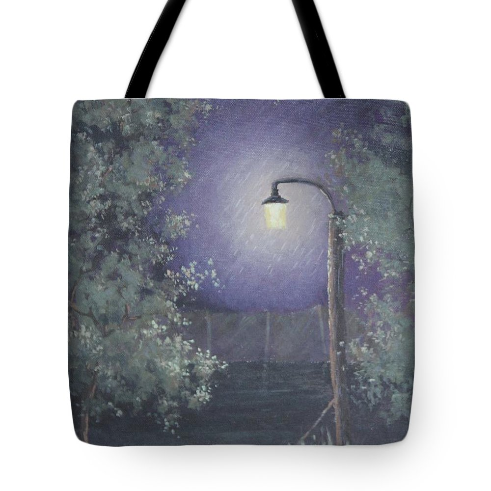 Streetlight Tote Bag featuring the painting Lamp In The Rain by Benjamin DeHart