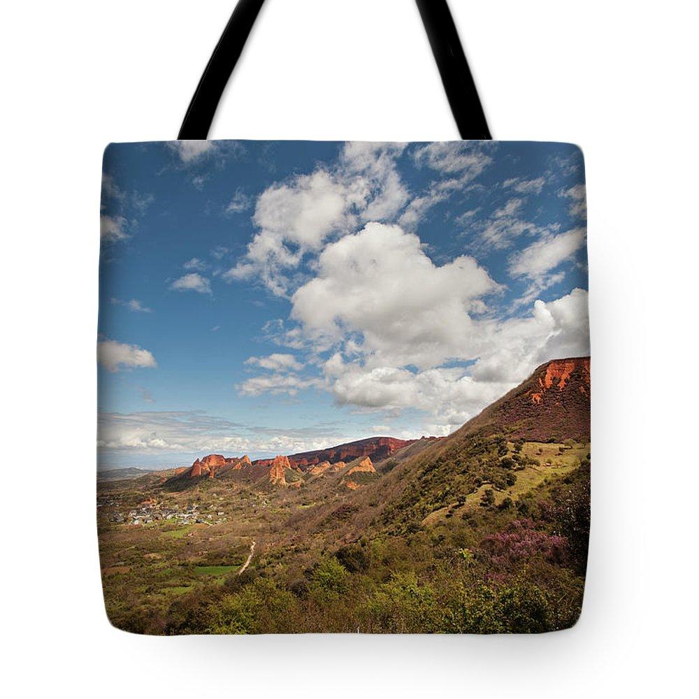 Tranquility Tote Bag featuring the photograph Las Medulas by Pura Vida