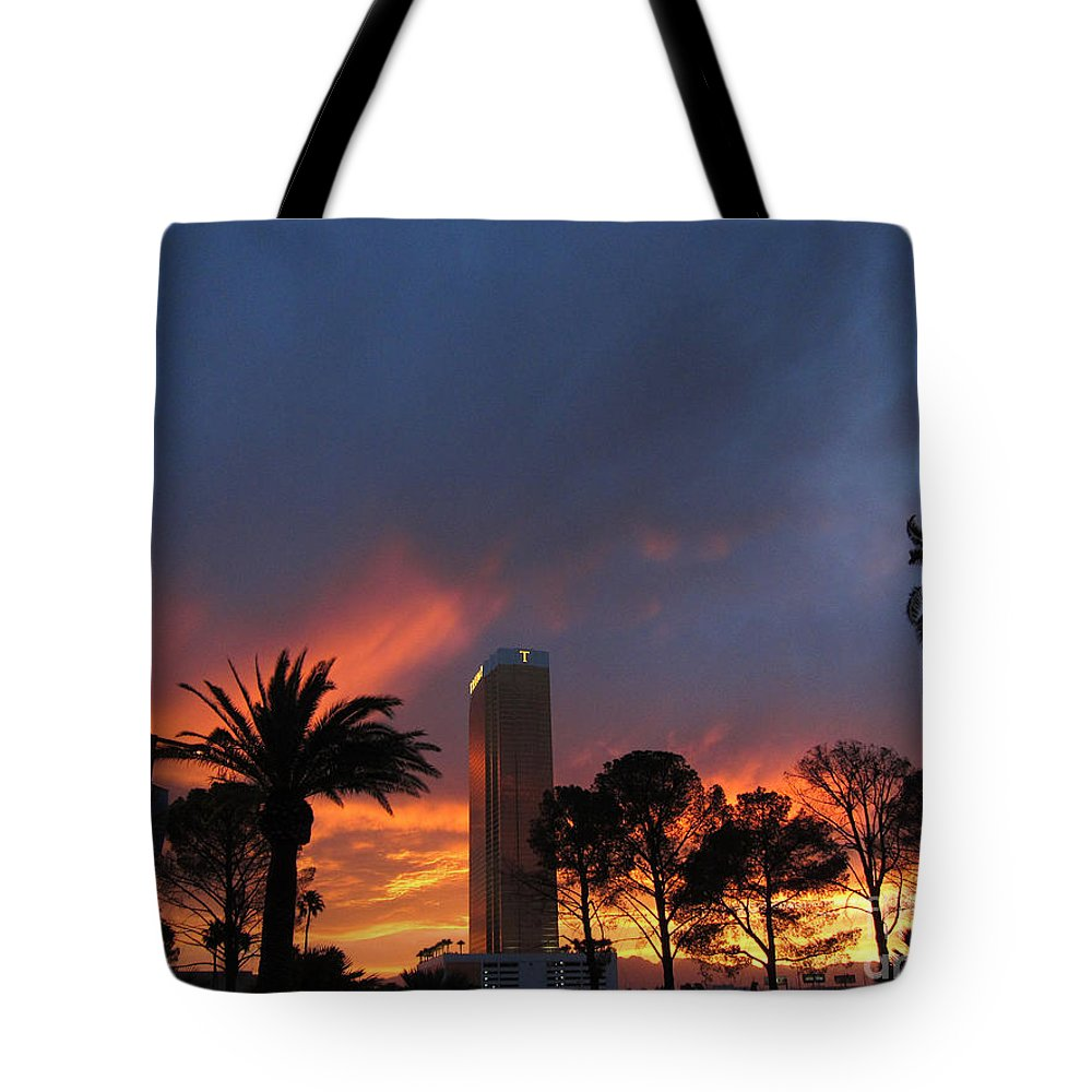 Trump Tote Bag featuring the photograph Las Vegas Sunset And Trump Tower by Debra Thompson