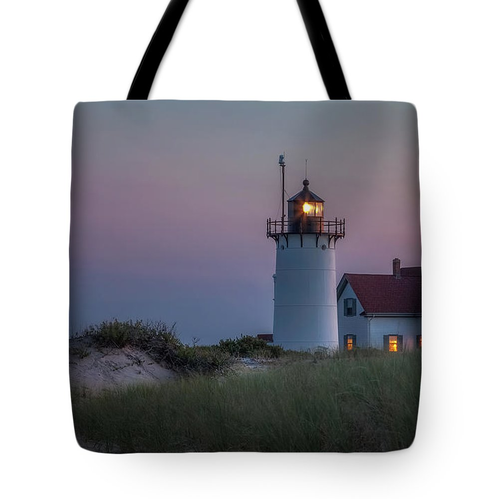 Race Point Light Tote Bag featuring the photograph Last Light by Bill Wakeley