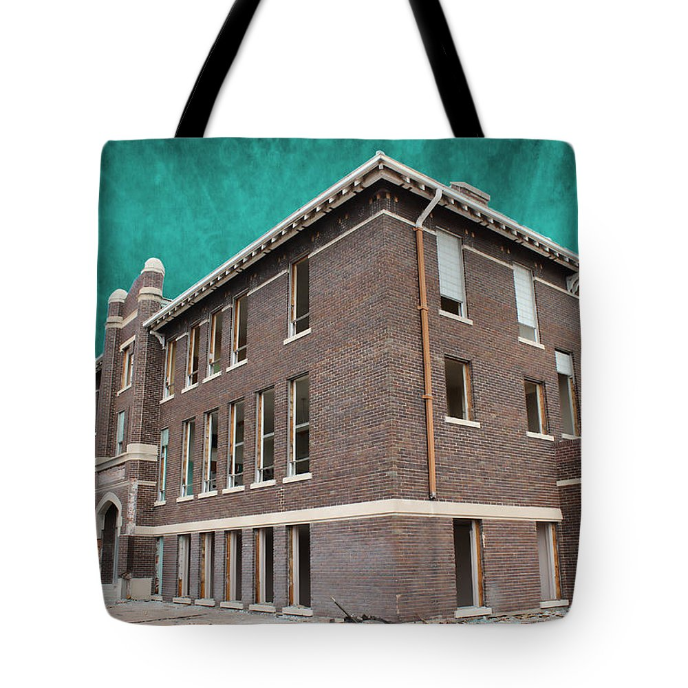 School Tote Bag featuring the photograph Last Stand by Sylvia Thornton