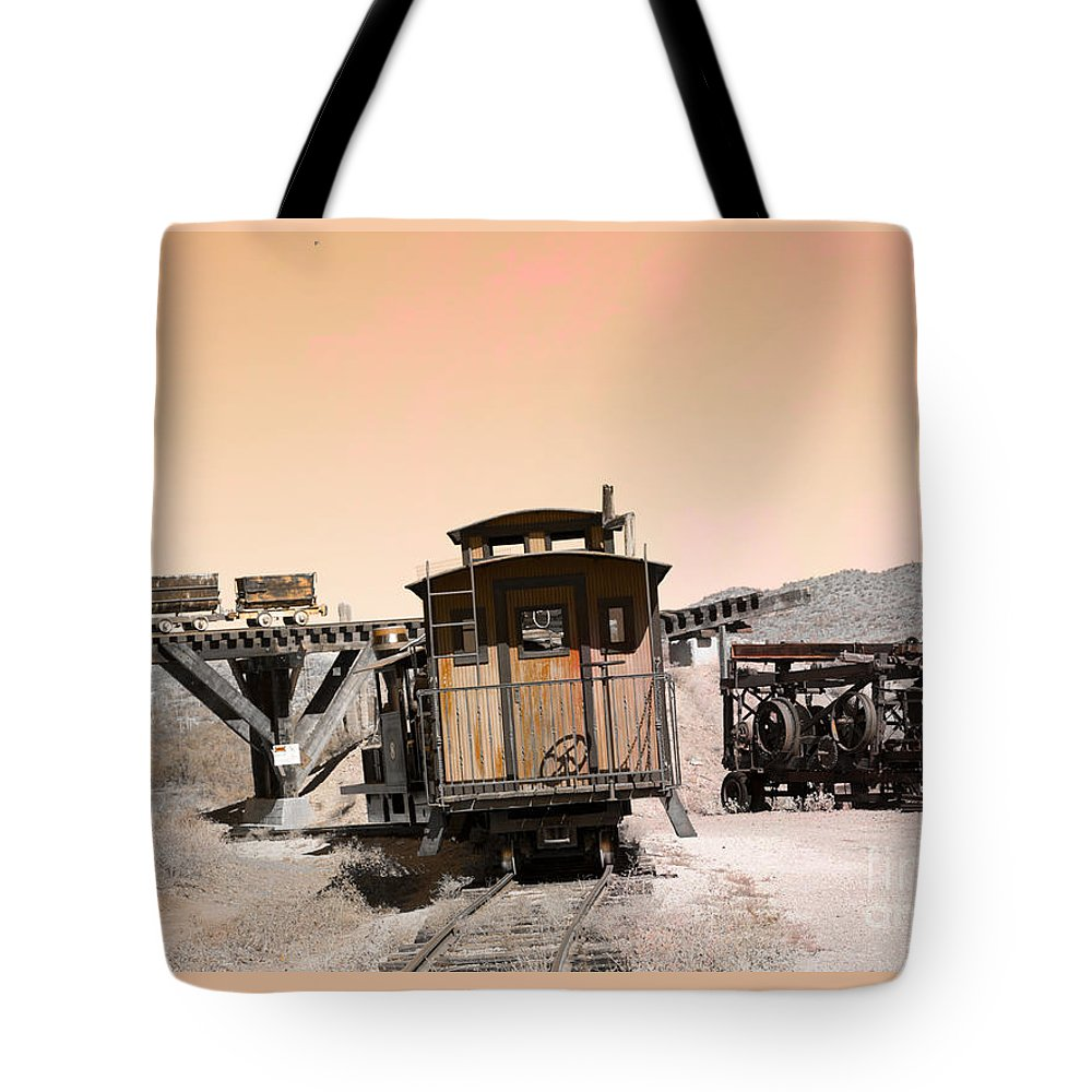 Arizona Tote Bag featuring the photograph Last Train Home by Beverly Guilliams