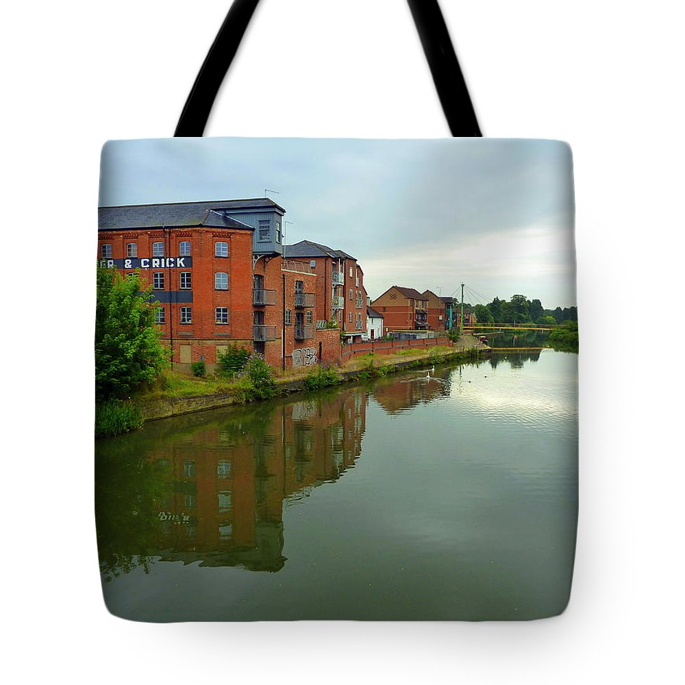 Latimer & Crick Tote Bag featuring the photograph Latimer And Crick Building In Northampton by Gordon James