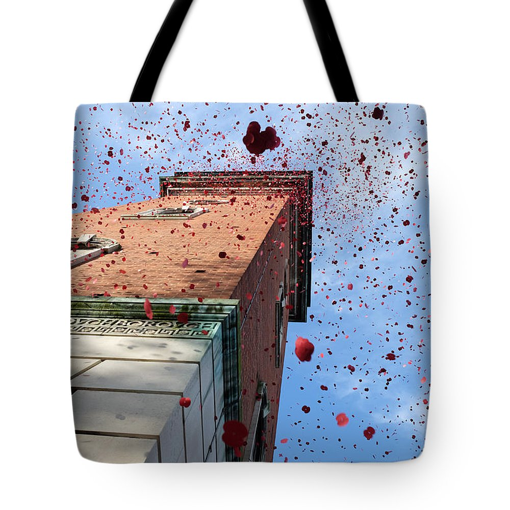 Carillion Tote Bag featuring the photograph Lest We Forget by Mark Severn