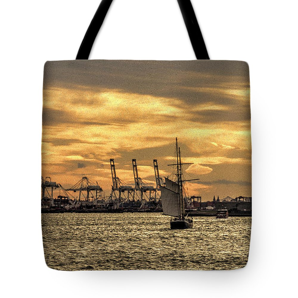 Statue Tote Bag featuring the photograph Liberty Sailing by Rob Hawkins