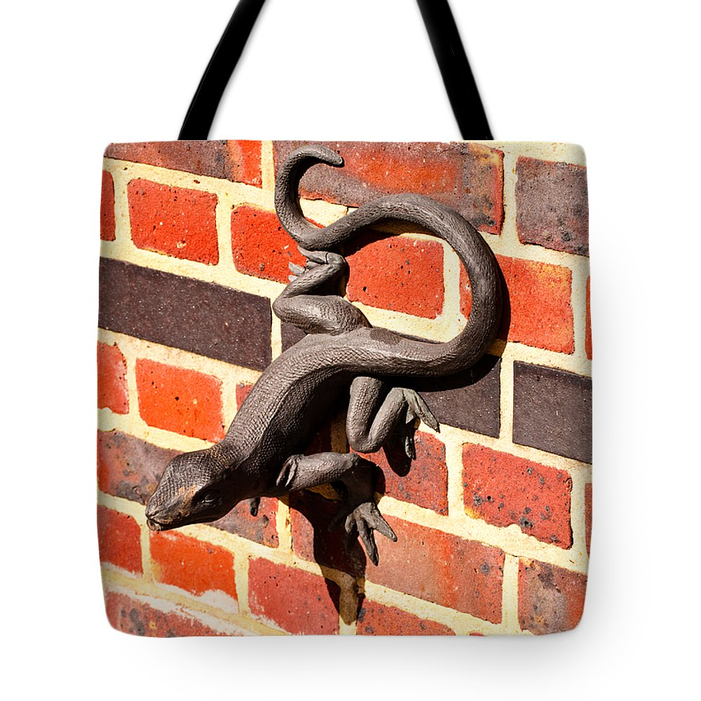 Britain Tote Bag featuring the photograph Lizard In The Sun by Christi Kraft
