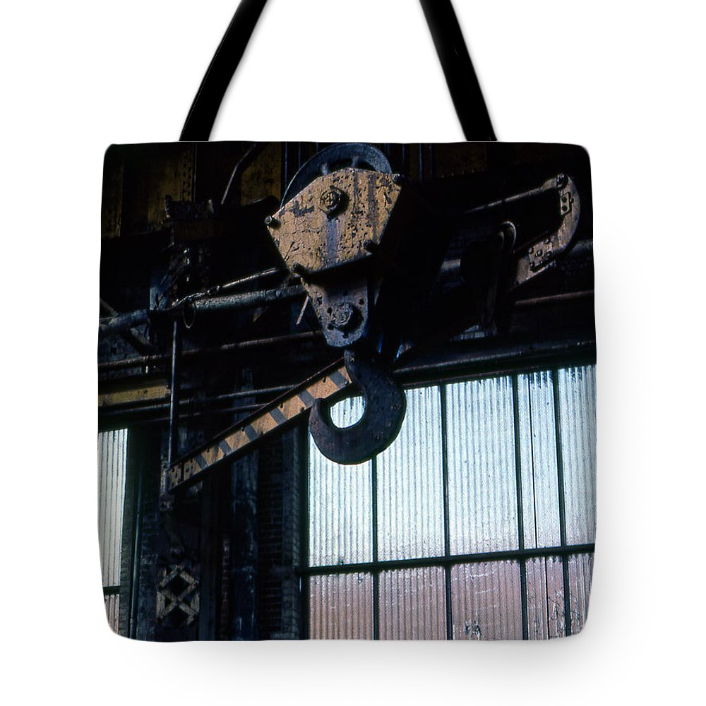 Hooks Tote Bag featuring the photograph Locomotive Hook by Richard Rizzo