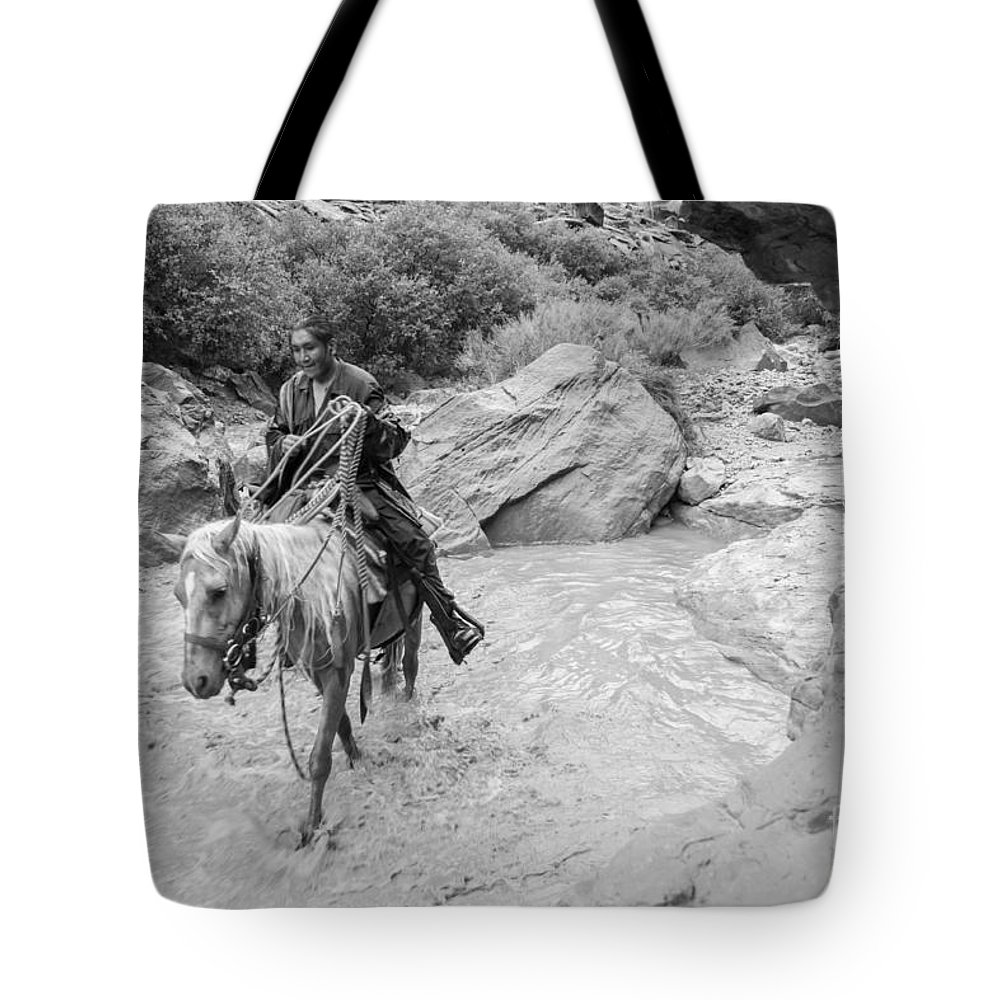 Arizona Tote Bag featuring the photograph Lone Traveller by Nicholas Pappagallo Jr