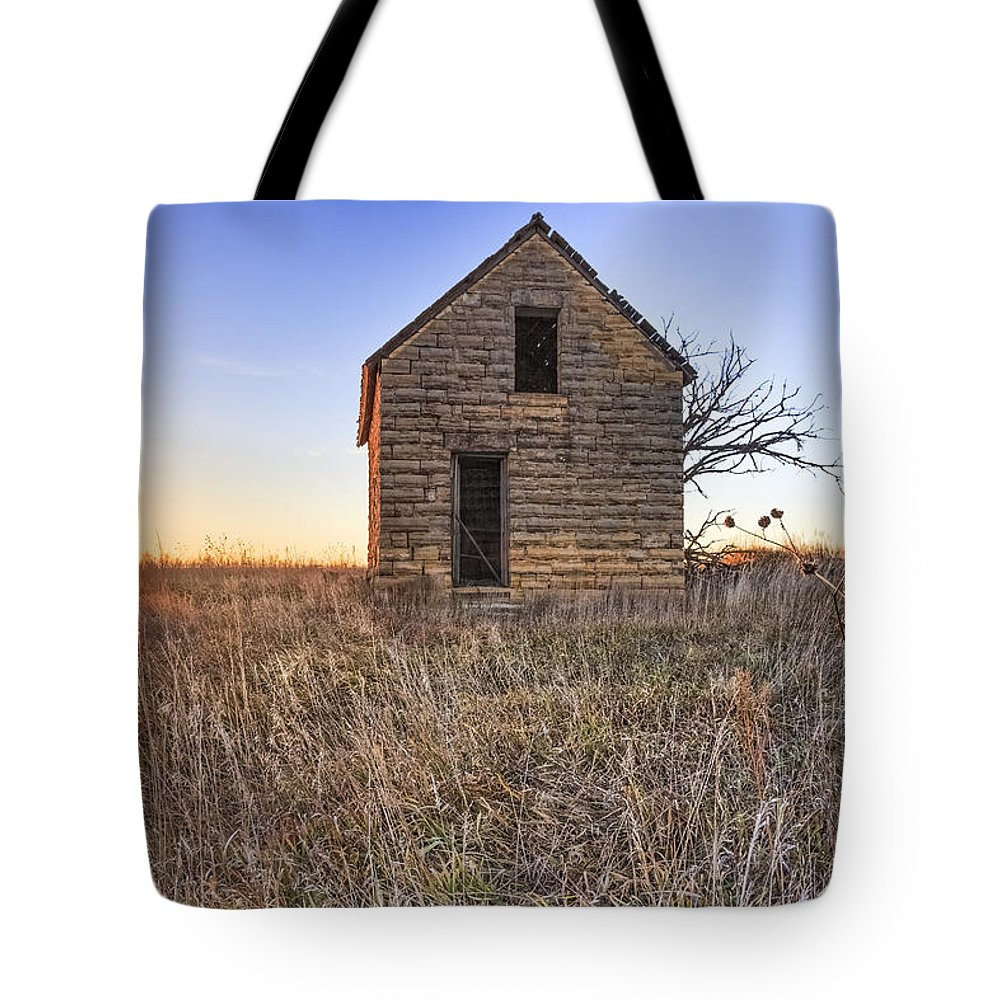 Kansas Landscape Tote Bag featuring the photograph Lonely Homestead by Jill Van Doren Rolo