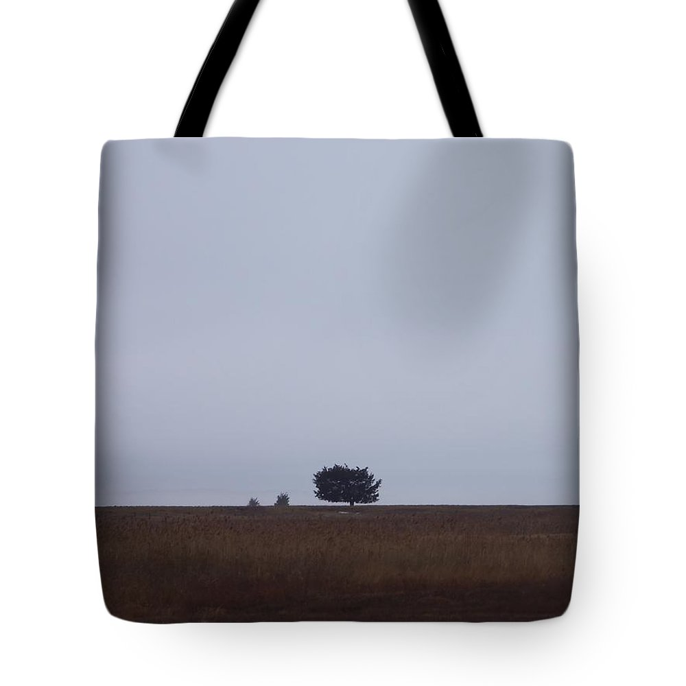 Sandy Pint Tote Bag featuring the photograph Lonely Horizon by Two Bridges North