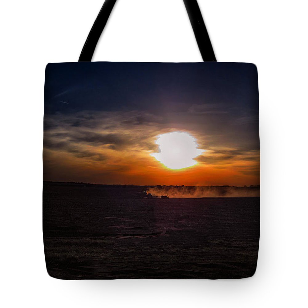 Farming Tote Bag featuring the photograph Long Day In The Heartland by Tommy Anderson