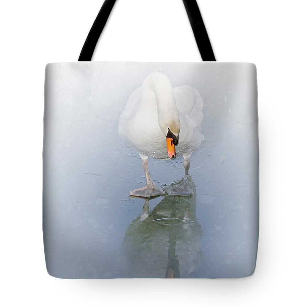 Nature Tote Bag featuring the photograph Look Alike by Annie Snel