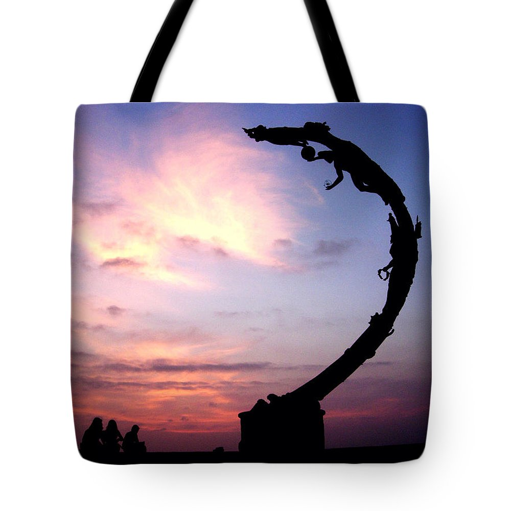 Sculpture Tote Bag featuring the photograph Los Milenios by Natasha Marco