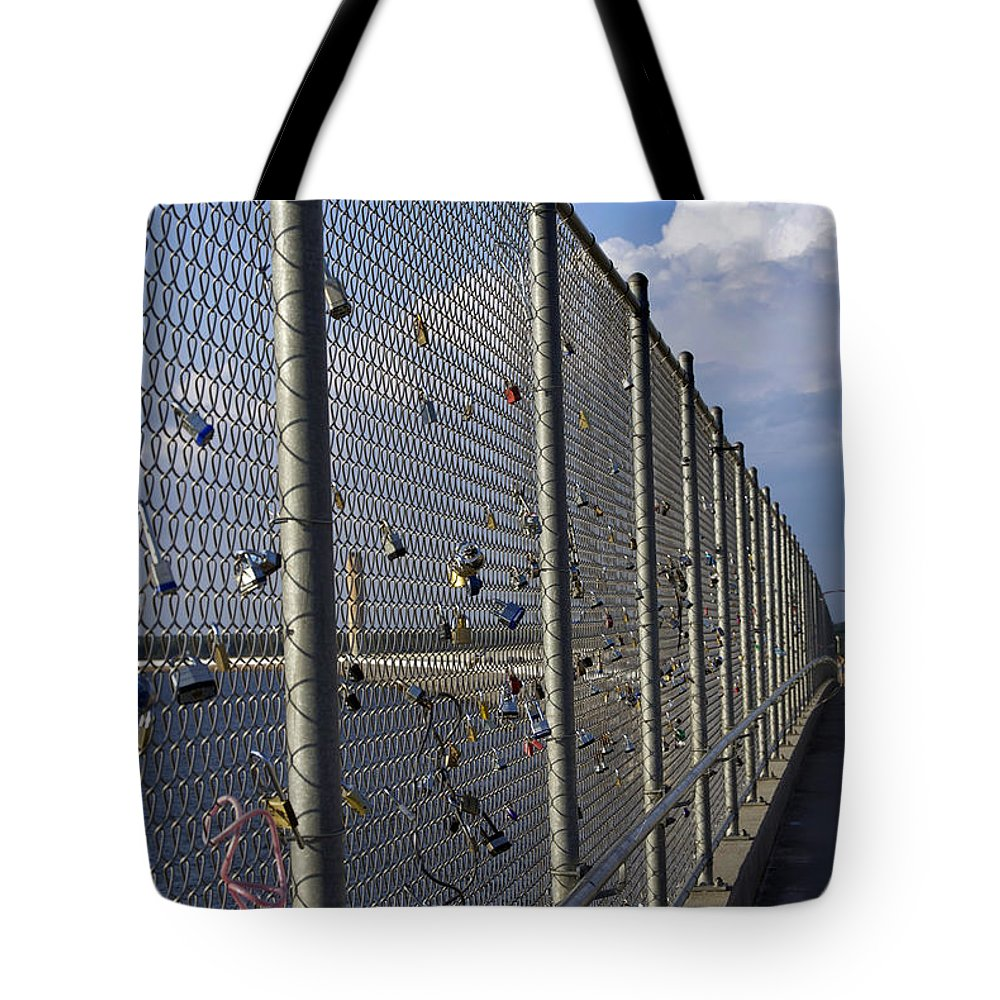 Scenic Tours Tote Bag featuring the photograph Love Locks by Skip Willits