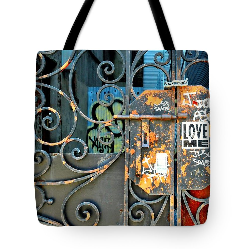 Gate Tote Bag featuring the photograph Love Me by Diana Angstadt