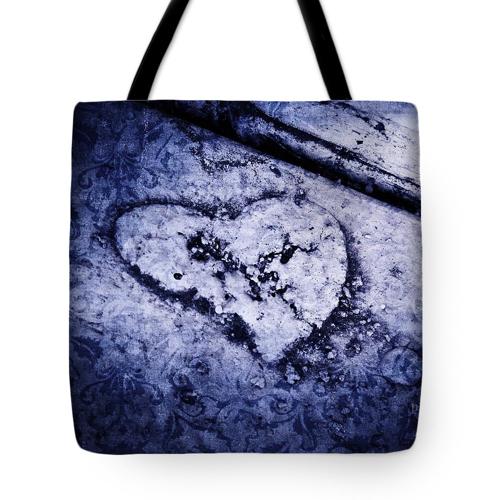 Earth Tote Bag featuring the photograph Love Reveals Truth by Jamie Johnson