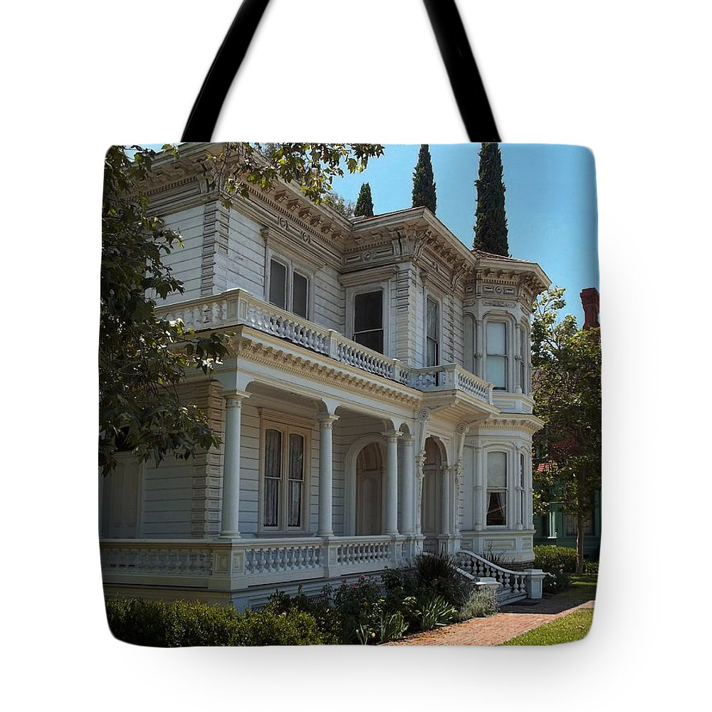 Love This Neighborhood Tote Bag featuring the photograph Love This Neighborhood. by Glenn McCarthy Art and Photography