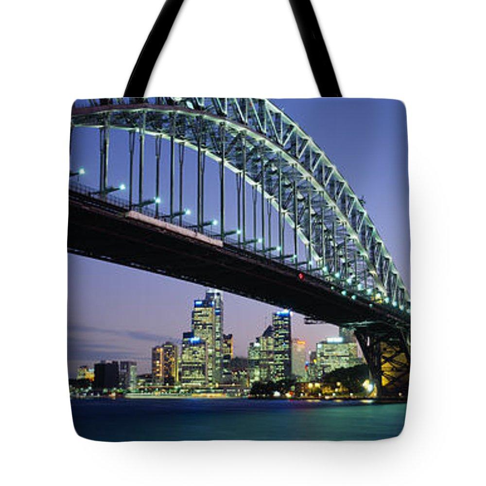 Harbor Scene Tote Bags