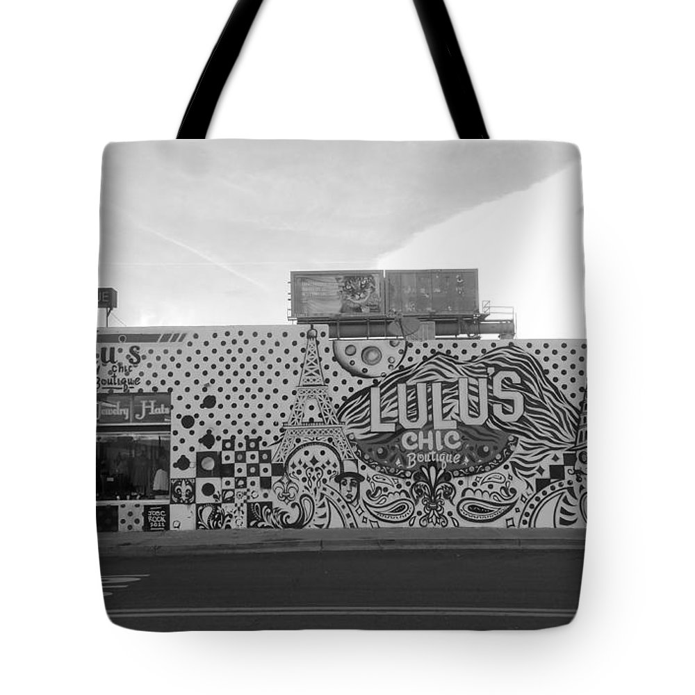 Black And White Tote Bag featuring the photograph Lulu's Bw by Brent Dolliver