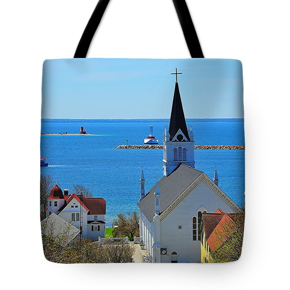 Mackinac Island Tote Bag featuring the photograph Mackinac Island Hillside View by Terri Gostola