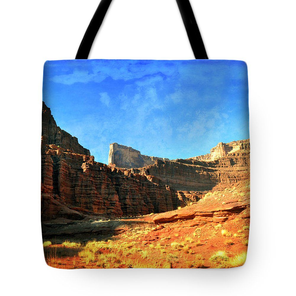 Canyonlands National Park Tote Bag featuring the photograph Magnificent Butte by Marty Koch