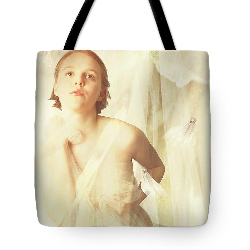 Magnolia Tote Bag featuring the digital art Magnolia Belle by Linda Lees