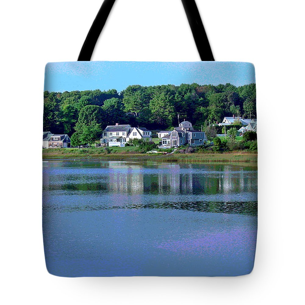 Maine Tote Bag featuring the photograph Maine Lakefront by Suzanne Gaff