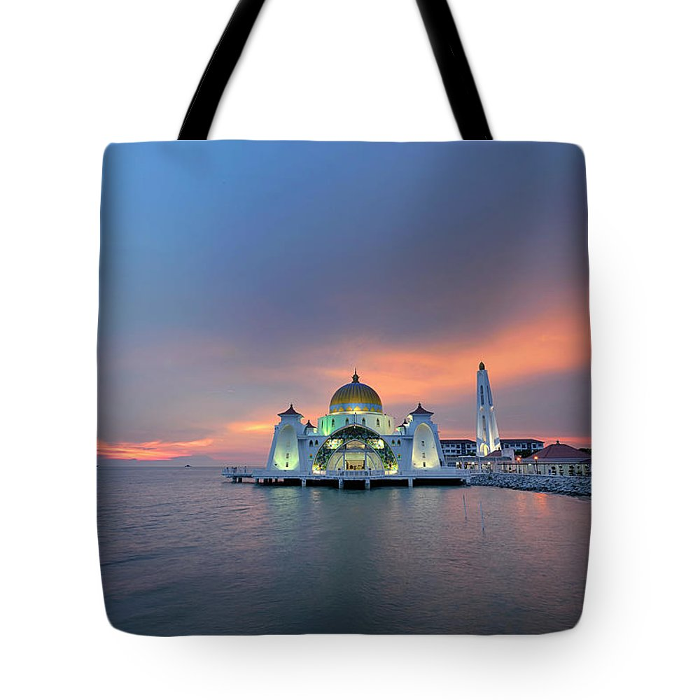 Mosque Tote Bag featuring the photograph Malaysia - The Straits Mosque, Malacca by By Toonman
