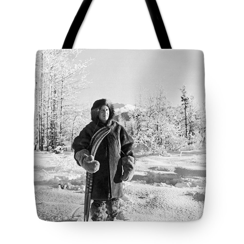 1920s Tote Bag featuring the photograph Man With Parka And Snowshoes by Underwood Archives