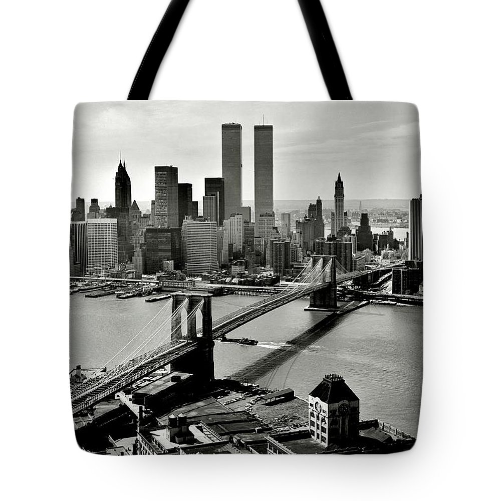 New York Tote Bag featuring the photograph Manhattan 1978 by Benjamin Yeager