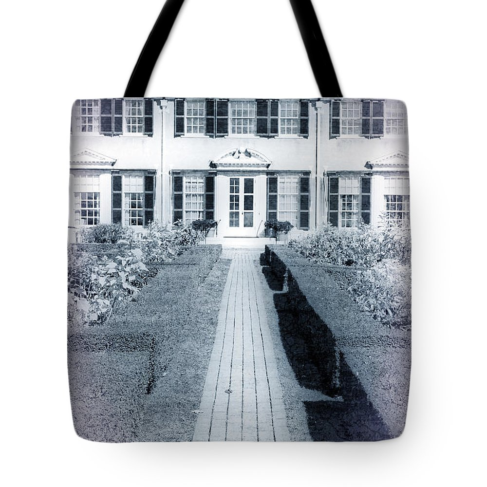 Vermont Tote Bag featuring the photograph Mansion by Edward Fielding