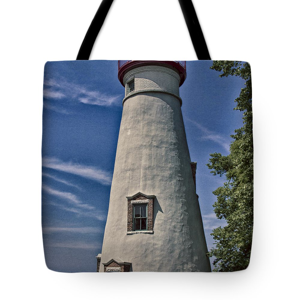 Erie Tote Bag featuring the photograph Marblehead Lighthouse Lake Erie by Jack R Perry